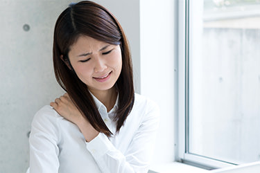 肩こりや頭痛